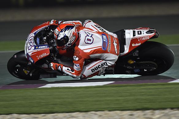 MotoGP, Qatar: storica Pole Position per Dovizioso e la Ducati! Rossi 8°