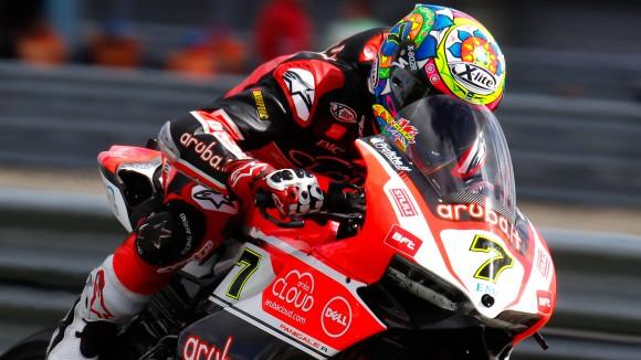 SBK, Imola: sorpresa Ducati nelle FP1, Giugliano è 2°! Seguono le Kawasaki