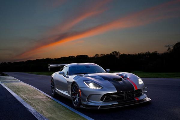 Dodge Viper ACR: la Supercar americana rinasce con aerodinamica da F1