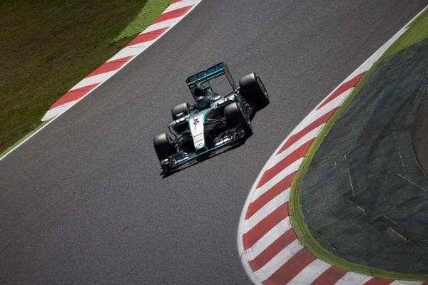 F1, Catalunya: prima vittoria stagionale di Rosberg, ancora podio per Vettel