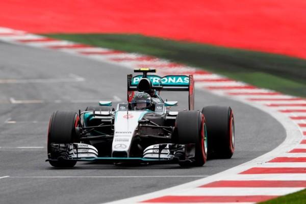 F1, Austria: Rosberg domina l'intero GP. Paura per Raikkonen e Alonso