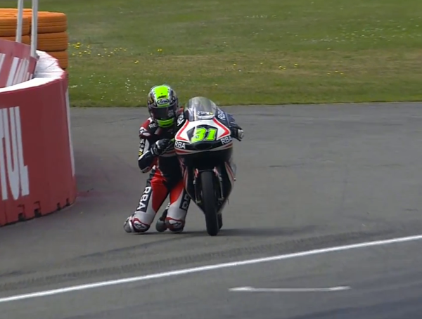 Niklas Ajo crash saved Assen (4)