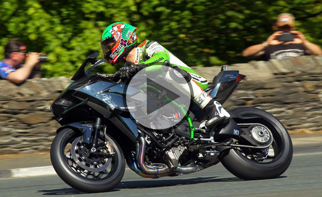 James Hillier Chasing Legend: rivivi l'esperienza della H2R al TT (VIDEO)