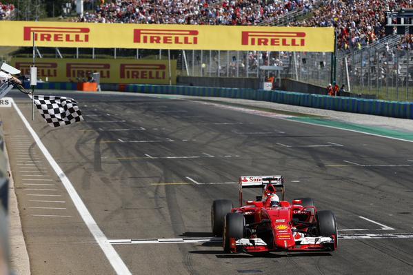 F1: Vettel trionfa in Ungheria, gara da dimenticare per le Mercedes giù dal podio