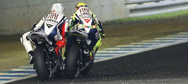 Rossi vs Lorenzo Motegi 2010