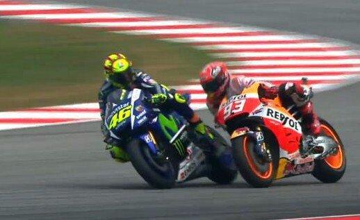 Valentino Rossi vs Marc Marquez Sepang 2015 crash