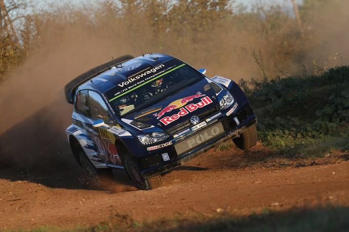 WRC, Spagna: Tanak sorprende, Ogier chiude in testa