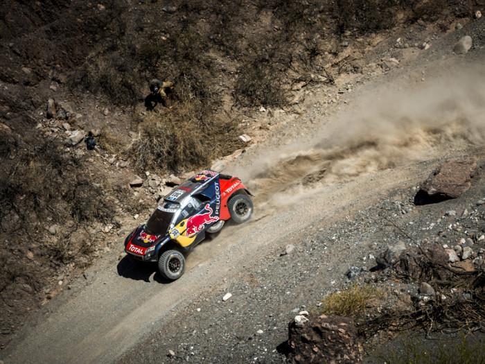 Dakar, 9° Tappa: Sainz va in testa, Price scappa !