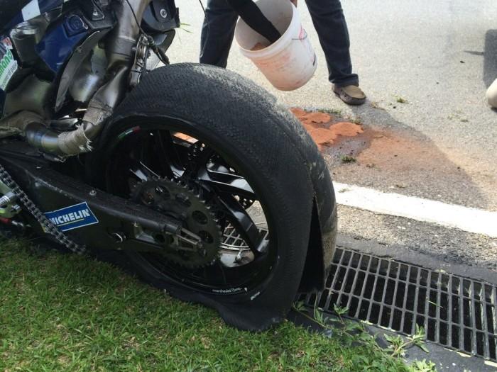 MotoGP, terrore a Sepang: schianto a 290km/h per Loris Baz