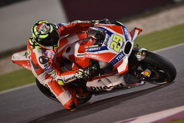 Che Iannone in Qatar: il ducatista 1° delle FP3 davanti a Lorenzo e Marquez