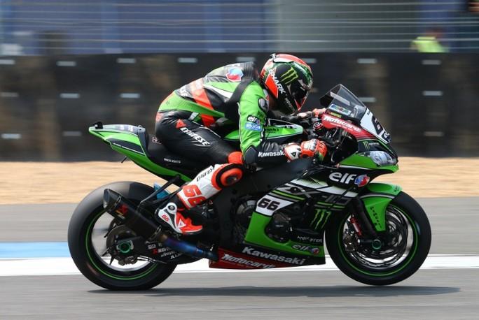 Superbike: Sykes demolisce le FP2 di Aragon, alla deriva le Yamaha