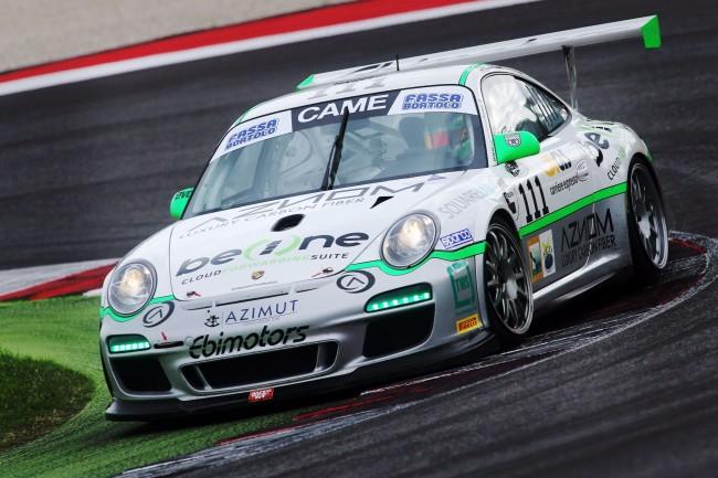 A Monza riparte l'italiano GT: grande attesa per il pilota di casa Tommy Maino
