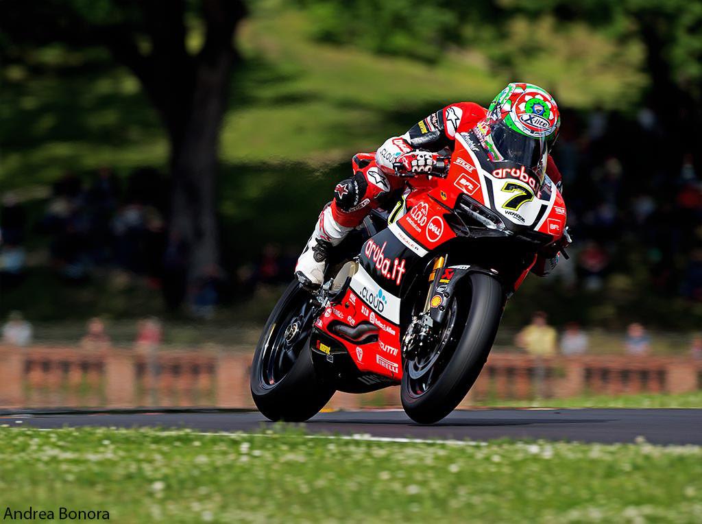 Davies e Ducati: a Imola raggiunta la perfezione. Rea vince ancora su Sykes