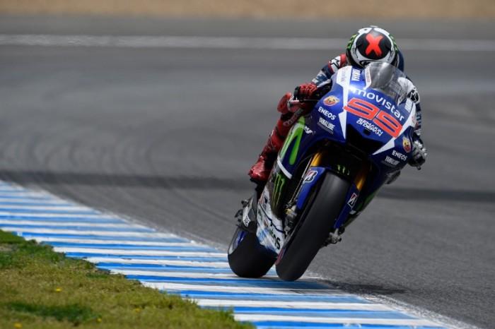 A Le Mans è Lorenzo l'uomo da battere. Male Rossi nelle FP2, stupisce invece Petrucci