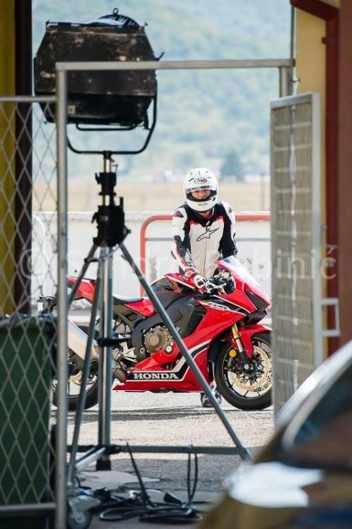 Honda CBR1000RR 2017: Dalla Croazia le due foto spia, finalmente è pronta?!