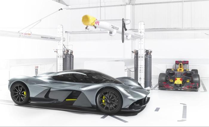 Aston Martin AM-RB 001: 0-320 in 10s e accelerazione laterale maggiore di uno Shuttle