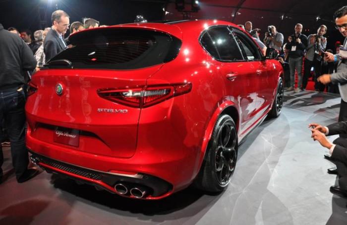 Arriva Stelvio Quadrifoglio, il SUV di Alfa dall'anima sportiva. E promette benissimo!