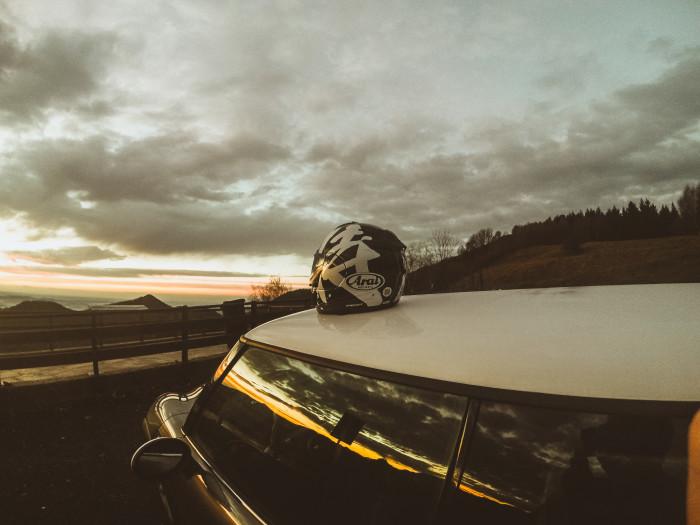 Non c'è nulla di più bello che guidare in notturna
