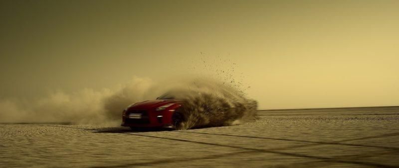 La Nissan GT-R disegna l'India ed entra nel Guinness! Guarda il VIDEO