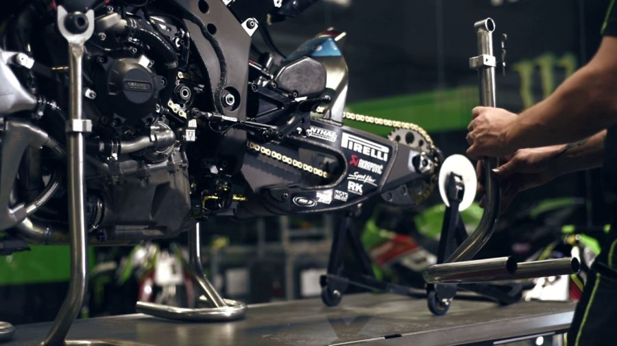 Dalla Targa Alla Gara: Ecco Come Nasce Una Superbike