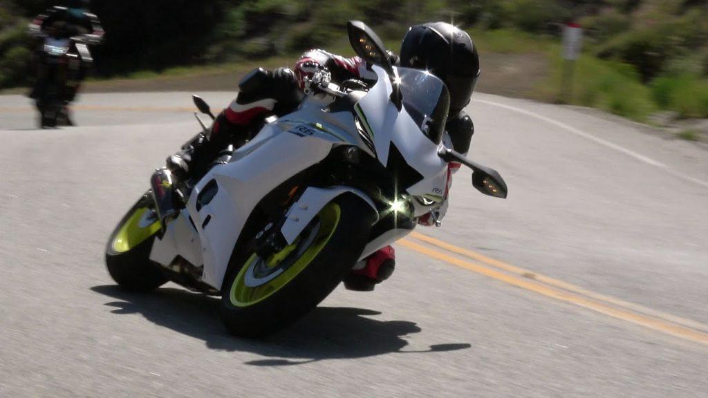 Tre nuove Yamaha R6 in azione al Mulholland! [VIDEO]
