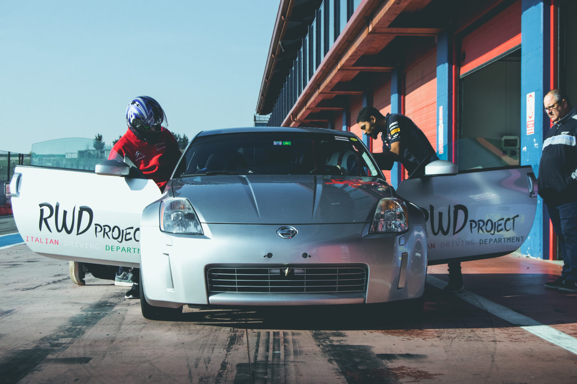 Ho guidato la 350Z di RWD Project, per imparare da un pilota Porsche!