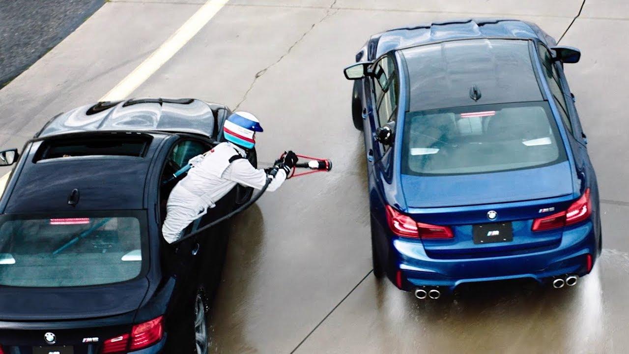 BMW si inventa il rifornimento di traverso e realizza un Drift di 8 ore!