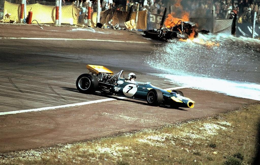 Halo e Fighette Non Mi Interessano: Riportiamo Il Pericolo In F1!
