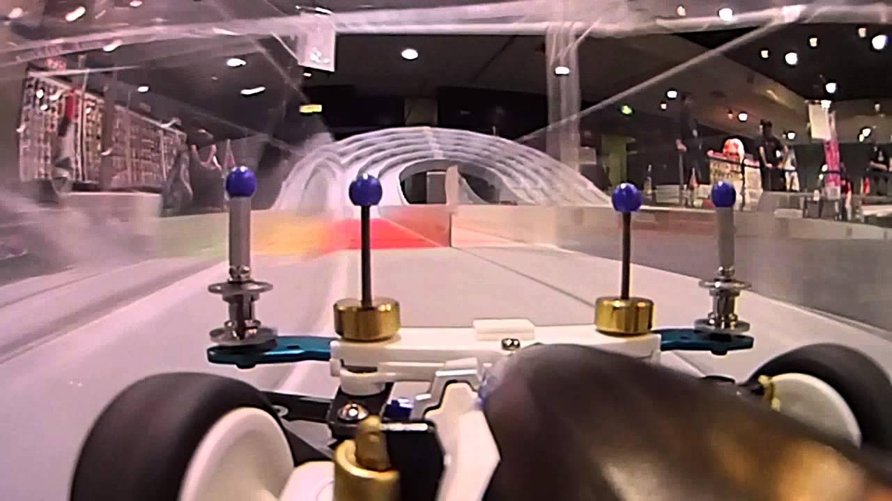 Il Video POV su una MINI-4WD è ciò che avete sempre desiderato di vedere