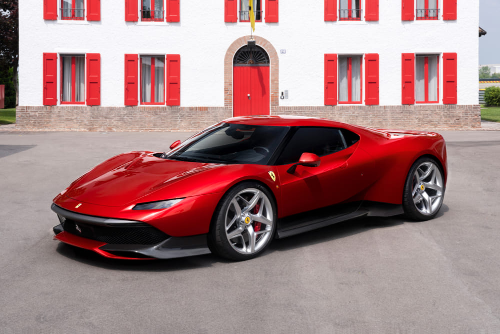Ferrari presenta a Fiorano la SP38 Deborah, l'ultima One-Off del Cavallino
