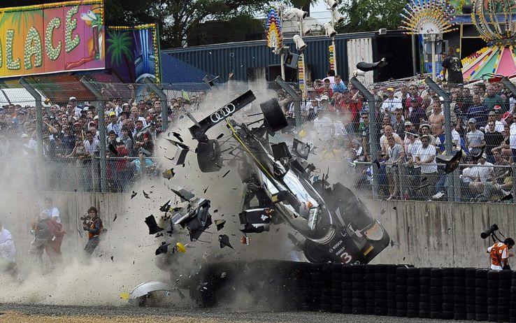 Non solo gloria: il lato oscuro Le Mans raccontato da 5 incidenti terrificanti