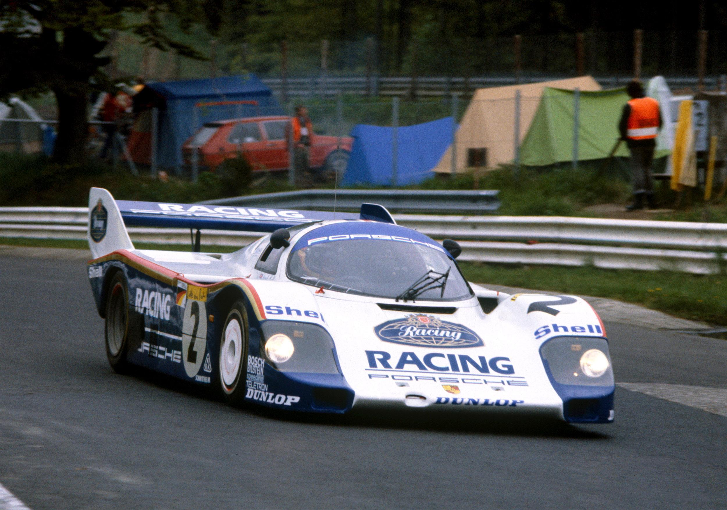 5 minuti e 19 secondi: Porsche rompe il record del Nurburgring dopo 35 anni!