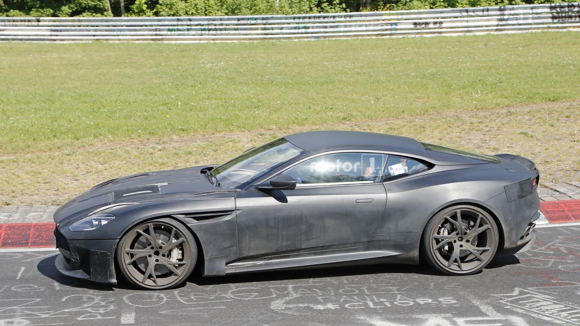 Tra 5 giorni Aston Martin presenterà la nuova DBS Superleggera!